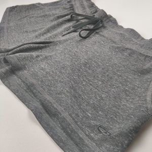 Champion Shorts Size Medium Grey